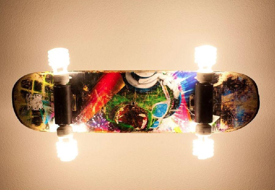 skateboard lampe f r die wand und decke selber bauen skateboard news videos. Black Bedroom Furniture Sets. Home Design Ideas