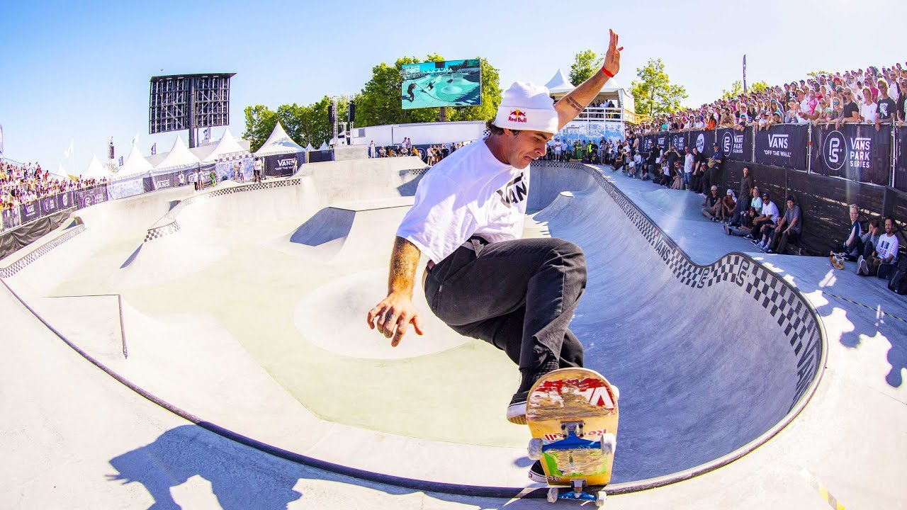 Pedro Barros Dominates at Hasting's Skatepark | Vans Park Series 2017