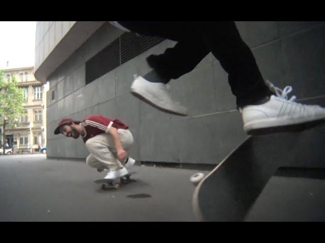 Ballade - Magenta Skateboards