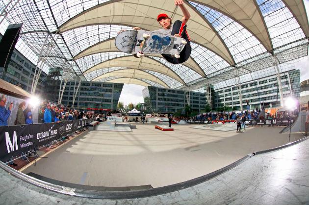 """468d975062 April haben wir im Rahmen des Events """"Skate   Style"""" im MAC-Forum des  Flughafens München die Süddeutsche Meisterschaft gefeiert – eine Premiere  mit toller ..."""