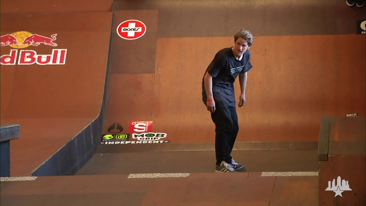 Clips From The Moat: Dennis Busenitz - Tampa Pro 2011 Winning Run
