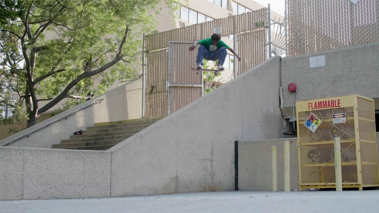 "Ish Cepeda's ""Get to Scrolling"" Part"